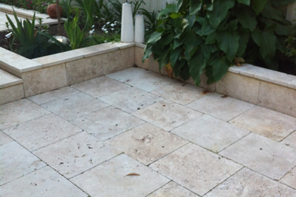 Travertine Pavers with edging